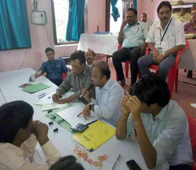 बिहार सेमीफायनल LIVE: नितीश-लालू यांना NDA ठरले वरचढ, 9 जागांवर आघाडी|देश,National - Divya Marathi