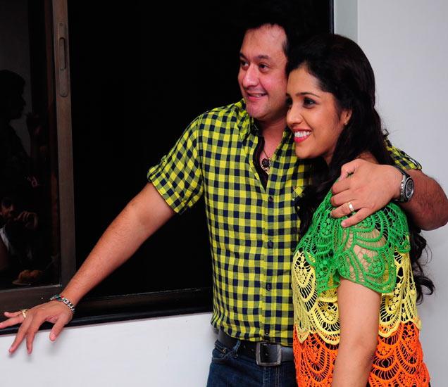 सिल्व्हर स्क्रिनवरचे 'लव्हबर्ड्स' भेटले दोन वर्षांनी... पाहा, मुक्ता-स्वप्नील कुठे आले एकत्र|मराठी सिनेकट्टा,Marathi Cinema - Divya Marathi