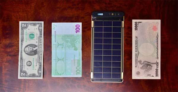VIDEO: कागदापेक्षाही पातळ आहे हे \'सोलर पेपर चार्जर\', बॅटरी करतो झटपट चार्ज|बिझनेस,Business - Divya Marathi
