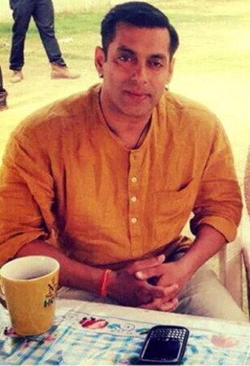 INTERVIEW : सलमान म्हणाला, \'बजरंगी भाईजान\'मध्ये वादग्रस्त काहीच नाहीये\'| - Divya Marathi