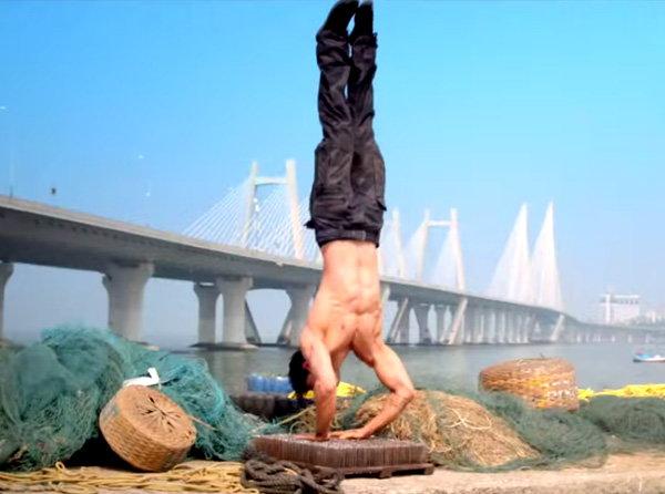 VIDEO: रिलीज झाला सूरज आणि अथिया स्टारर 'हीरो'चा TRAILER| - Divya Marathi