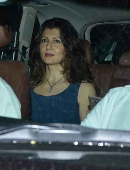 \'बजरंगी...\'च्या स्क्रिनिंगला स्टार्सची मांदियाळी, प्रियांका-शिल्पा-राजसह पोहोचले अनेक सेलेब्स स्टार्स  - Divya Marathi