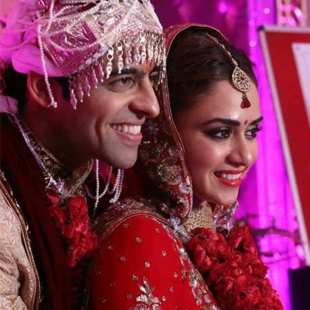 लग्नाच्या 6 महिन्यात अमृता-हिमांशूचे चमकले नशीब, जाणून घ्या कशी मिळाली हिमांशूला \'बलिये\'|मराठी सिनेकट्टा,Marathi Cinema - Divya Marathi