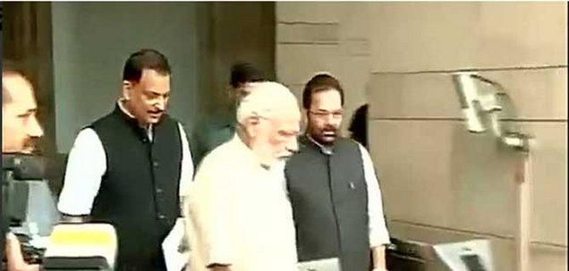 पंतप्रधान म्हणाले- भूसंपादन कायदा महत्त्वाचा, सपाने दिले समर्थनाचे संकेत|देश,National - Divya Marathi