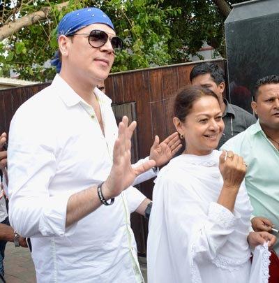 भाईजान सलमानच्या ईद पार्टीत जमली CELEBS ची मांदियाळी, पाहा खास PIX  - Divya Marathi