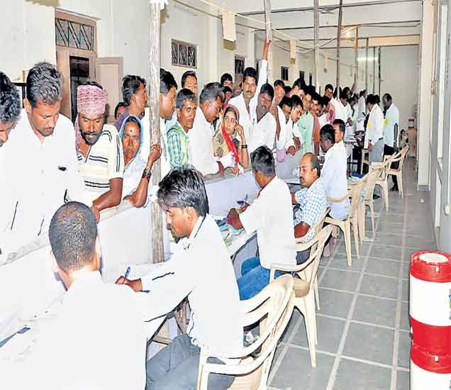 ग्रामपंचायत निवडणुकीची रंगत वाढली, ३१३ उमेदवारी अर्ज बाद,  इच्छुकांचा हिरमोड|औरंगाबाद,Aurangabad - Divya Marathi