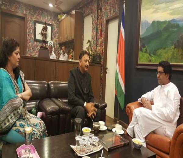 मुंबई विद्यापीठाचे नवनियुक्त कुलगुरु डॉ. संजय देशमुख राज ठाकरेंच्या भेटीला|मुंबई,Mumbai - Divya Marathi