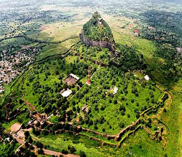 दिल्ली नव्हे तर महाराष्ट्रातील हा किल्ला होता अखंड भारताची राजधानी; वाचा...|औरंगाबाद,Aurangabad - Divya Marathi