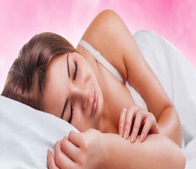 झोपण्याच्या पध्दतींनी ओळखा स्वभाव आणि निर्माण होणा-या अडचणी|देश,National - Divya Marathi