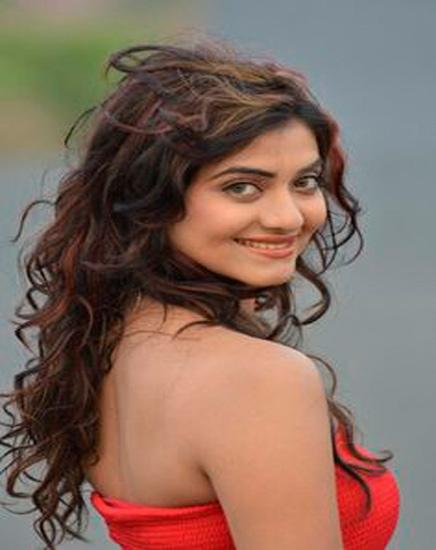 ही ग्लॅमरस अभिनेत्री रात्रभर झोपली रस्त्यावर,का? जाणून घ्या|मराठी सिनेकट्टा,Marathi Cinema - Divya Marathi