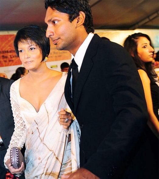 ही आहे संगकाराची पत्नी, पर्सनल फोटो लीक झाल्यामुळे आली होती चर्चेत स्पोर्ट्स,Sports - Divya Marathi