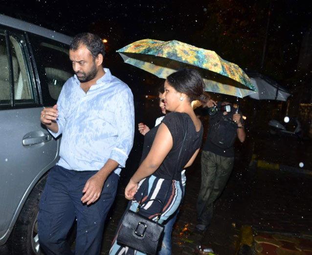 न्यूली मॅरिड शाहिद-मीराने दिली पार्टी, करण-झोयासोबत अनेक फिल्ममेकर्सना केले INVITE|देश,National - Divya Marathi