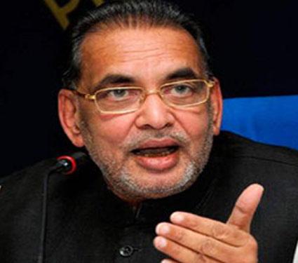 कृषिमंत्री बडबडले - प्रेम, लग्न, नपुंसकतेमुळे शेतक-यांच्या आत्महत्या|देश,National - Divya Marathi