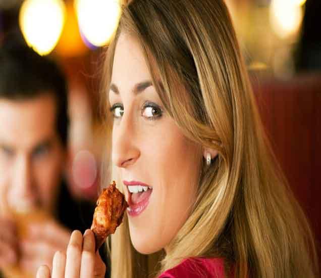 चिकन खाण्याचे हे 11 फायदे तुम्हाला माहिती आहेत का...| - Divya Marathi