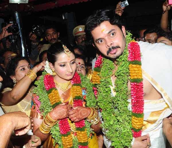 PHOTOS: जगाने धुडकावले, पण हिने स्वीकारले, क्रिकेटर श्रीसंतसोबत थाटले लग्न|देश,National - Divya Marathi