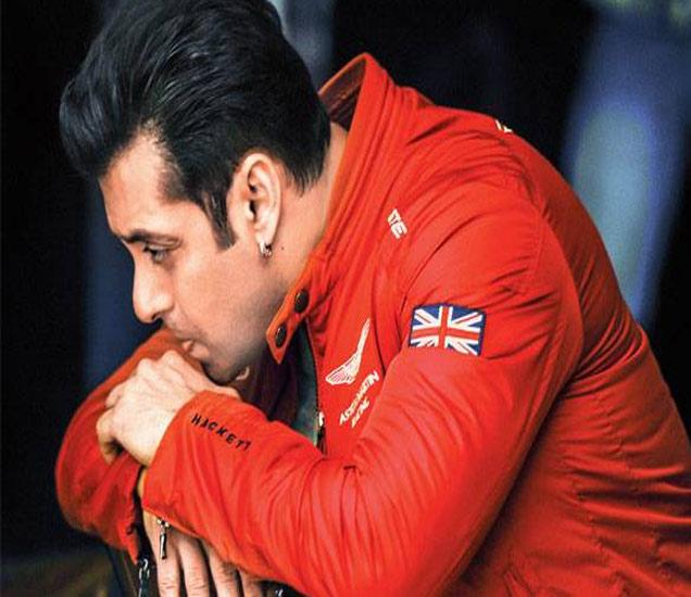 Inside Gossips: सलमान खानला आवडत नाहीत भारतीय तरुणी| - Divya Marathi