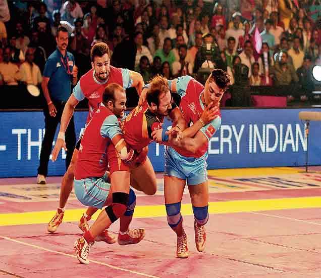 प्राे कबड्डी लीग: जयपूर विजयी ट्रॅकवर,  बंगळुरूचा दुसरा पराभव|स्पोर्ट्स,Sports - Divya Marathi