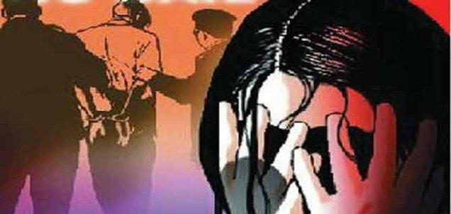 गाजियाबाद: पतीला लॉकअपमध्ये बंद करुन पत्नीवर सामूहिक बलात्कार|देश,National - Divya Marathi