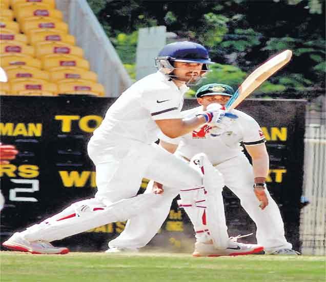 कोहली, पुजारा फ्लॉप! ऑस्ट्रेलिया अ विरुद्ध भारत अ संघ अवघ्या १३५ धावांत गारद स्पोर्ट्स,Sports - Divya Marathi