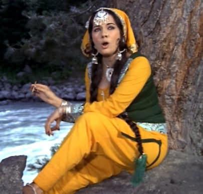 B\'day : ही अभिनेत्री आहे अभिनेता फरदीन खानची सासू, एकेकाळी केलंय बी ग्रेड सिनेमांमध्ये काम| - Divya Marathi