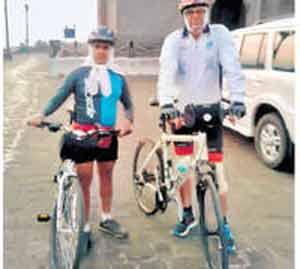 सायकलपटू हर्षद पूर्णपात्रेंचा मनाली-लेह माेहिमेत मृत्यू|नाशिक,Nashik - Divya Marathi