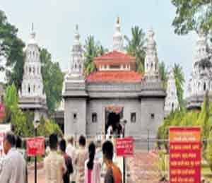 सांगलीतील प्रसिद्ध गणेश मंदिर - Divya Marathi