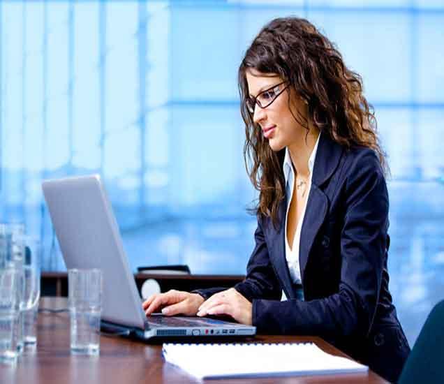 कुटूंब आणि करियर बॅलेंस करण्यात तुम्हाला अडचण येते का, वाचा या खास टिप्स...| - Divya Marathi