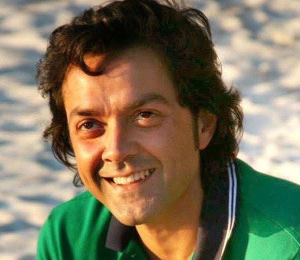 B\'Anniv:किशोर दांनी नाव बदलून केली होती करिअरला सुरुवात, या सेलिब्रिटींनीही केले स्वतःचे बारशे| - Divya Marathi