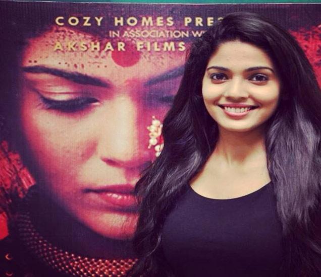 OMG: ही ग्लॅमरस अभिनेत्री गेली माळशेज घाटातल्या खोल दरीत, कशी जाणून घ्या|मराठी सिनेकट्टा,Marathi Cinema - Divya Marathi