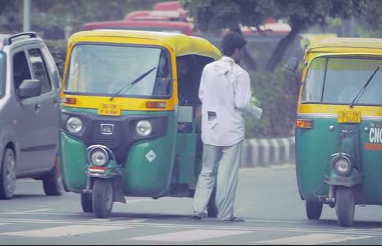 VIDEO: दिल्लीचा पदविधर झाला भिकारी, 2 तासांत कमवले 200 रुपये|देश,National - Divya Marathi