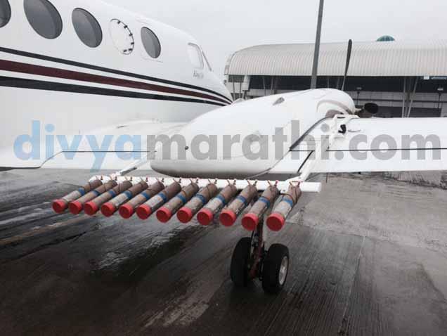 कृत्रिम पावसाआधी कोसळल्या नैसर्गिक सरी; विमान बीड, उस्मानाबादकडे रवाना औरंगाबाद,Aurangabad - Divya Marathi