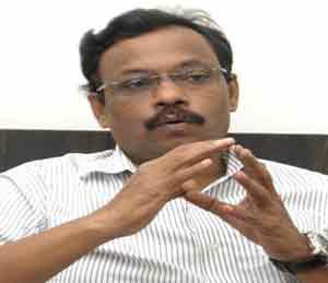 तावडेंची माहितीः अवैध अवयव प्रत्यारोपण केल्यास ५ वर्षे कारावास|मुंबई,Mumbai - Divya Marathi