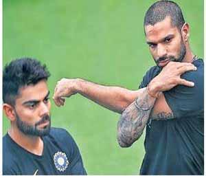 श्रीलंका दौरा : टीम इंडिया दबावात नाही : मुरली विजयः कोहली  खेळवणार पाच गोलंदाज|स्पोर्ट्स,Sports - Divya Marathi