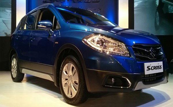 MARUTI ची पहिली प्रीमियम कार S-CROSS लॉन्च, किंमत 8.34 लाख रुपये|ऑटो,Auto - Divya Marathi