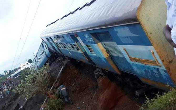 मध्यप्रदेशात दोन एक्स्प्रेसचा भीषण अपघात, 31 ठार, 250 जखमी|देश,National - Divya Marathi