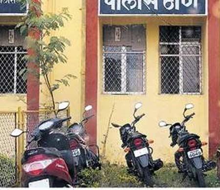 एमआयडीसी सिडको पोलिसांनी जप्त केलेल्या दुचाकी. छाया : दिव्य मराठी - Divya Marathi