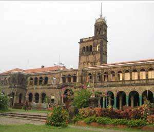 सदोष निकालांची अखेर विद्यापीठ करणार दुरुस्ती, गुणपत्रके परत पाठवणार|नाशिक,Nashik - Divya Marathi