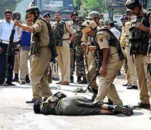 उधमपूर पोलिस ठाण्यावर अतिरेकी हल्ला, एक शहीद|देश,National - Divya Marathi