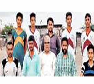 राष्ट्रीय मिनी फुटबॉल स्पर्धेसाठी सहा खेळाडू|सोलापूर,Solapur - Divya Marathi