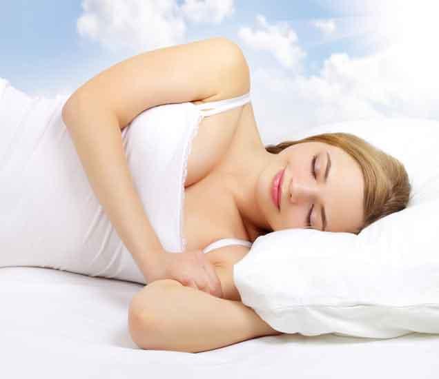 झोपेत शरीर करते हे 9 विचत्र काम, वाचा याची कारणे...| - Divya Marathi