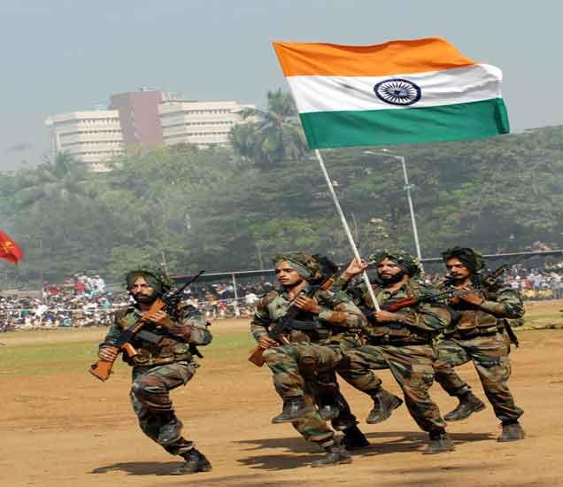 जाणून घ्या, भारतीय संरक्षण दलांमधील करिअरविषयी, 52 हजार नोक-यांची संधी|देश,National - Divya Marathi