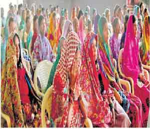आता रडायचं नाही.. लढायचं..,  समाज म्हणून आपलीही जबाबदारी - नाना|औरंगाबाद,Aurangabad - Divya Marathi