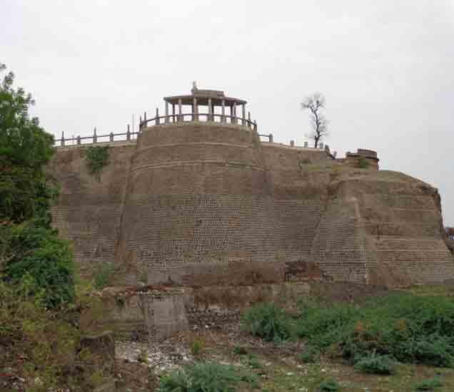 असादगड किल्ला - Divya Marathi