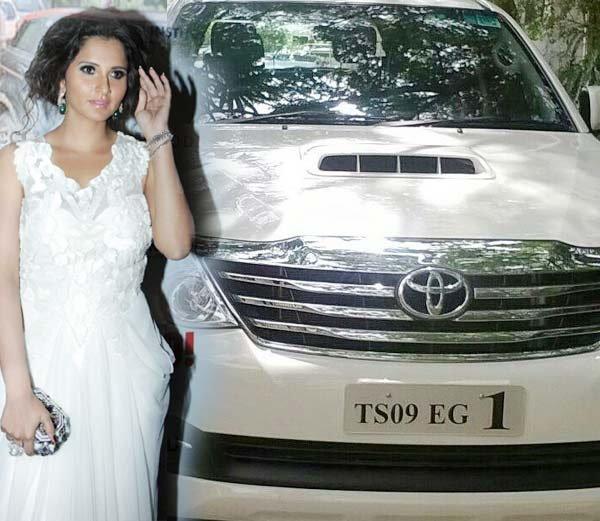 सानिया मिर्झाने तोडला वाहतूकीचा नियम, भरावा लागला 200 रूपये दंड!|स्पोर्ट्स,Sports - Divya Marathi