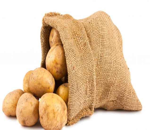 गुणकारी बटाट्याचे खास फायदे, आरोग्य आणि सौंदर्य दोन्हींसाठी आहे फायदेशीर  - Divya Marathi