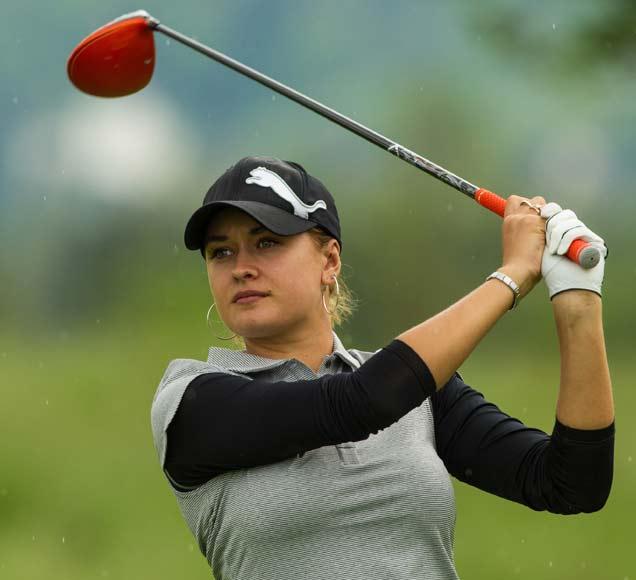 अशी आहे शेन वार्नची नवी \'सुपर हॉट\' गर्लफ्रेंड, पाहा PHOTO|स्पोर्ट्स,Sports - Divya Marathi