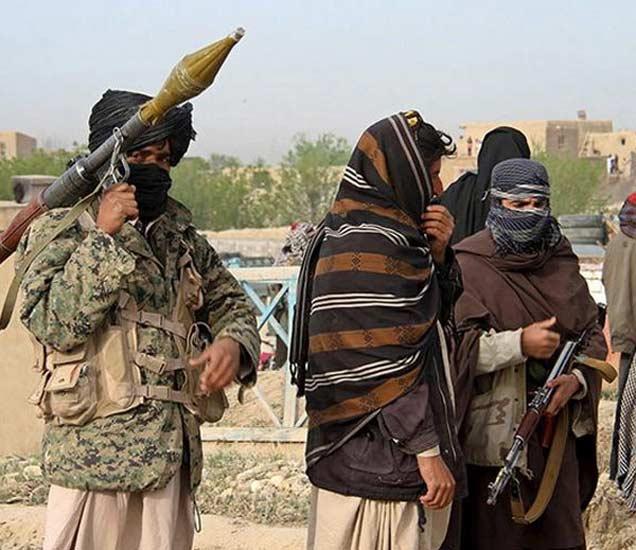 अफगाणिस्तान : जेलचे मेन गेट उडवून दहशतवाद्यांनी पळवले 400 कैदी, 11 ठार|विदेश,International - Divya Marathi