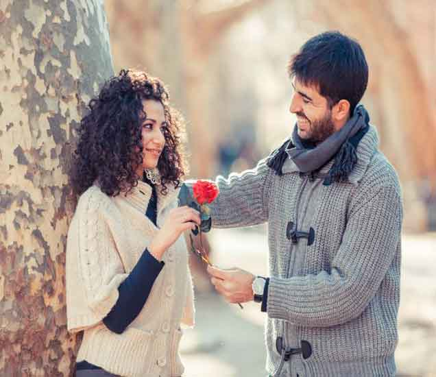 तरुणींना इंप्रेस करताना तरुण करतात या 10 महत्त्वाच्या चुका, तरुणांनी अवश्य वाचा...| - Divya Marathi
