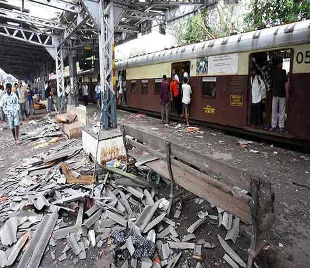 पाकिस्तानमध्ये कट, बंगालादेश मार्गे मदत, असे झाले स्फोट, वाचा सविस्तर मुंबई,Mumbai - Divya Marathi