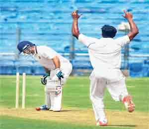 रणजी ट्रॉफी : महाराष्ट्राविरुद्ध वीरूचे अर्धशतक, हरियाणाची सावध सुरुवात स्पोर्ट्स,Sports - Divya Marathi